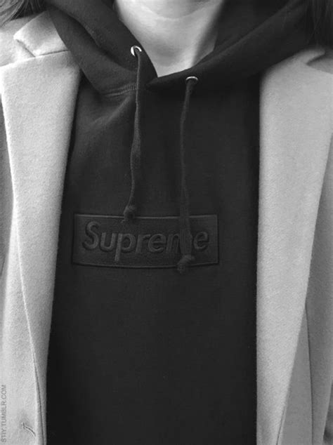 Jaket Sweater Supreme Logo Jumper jacket sweater supreme sweater supreme black hoodie jumper hoodie style fashion swag