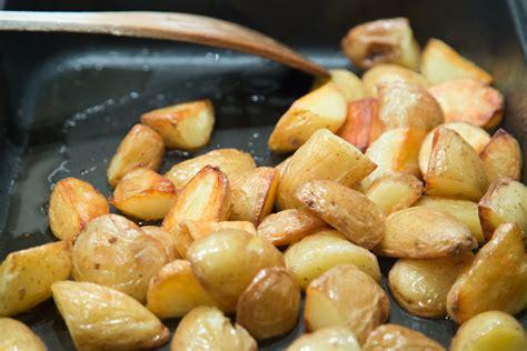 comment cuisiner les pommes de terre tout savoir sur les pommes de terre pour bien les cuisiner