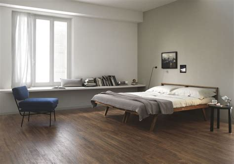 modern bedroom tiles decorating with porcelain and ceramic tiles that look like wood