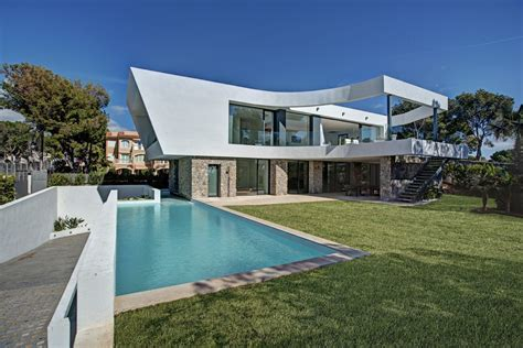 Home Design Story Pool Chic House With Curving Two Story Patio