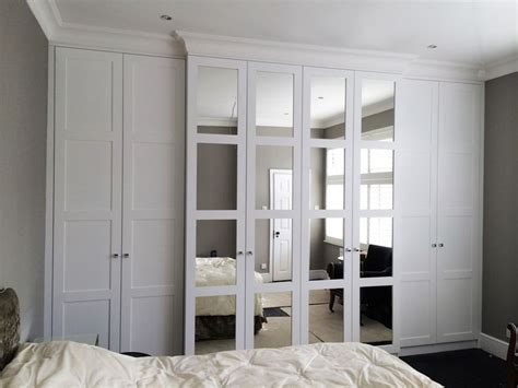 bedroom mirrored wardrobes the 25 best fitted bedrooms ideas on pinterest small