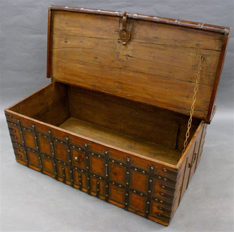 Large 18th Century Indian Trunk Coffee Table At 1stdibs Indian Trunk Coffee Table