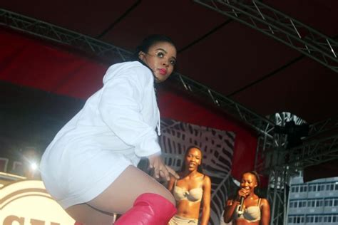 chomee on stage chomee brings the heat in durban daily sun