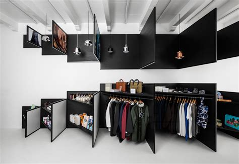 design shop frame magazine retail store in amsterdam combining 2d and
