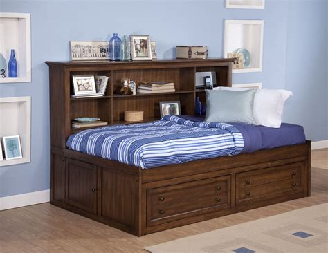 logan bedroom furniture logan spice youth lounge bedroom set from new classics 05