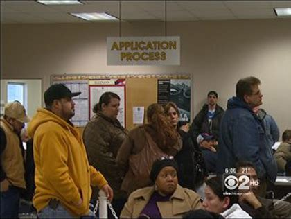 unemployment office boom doesn t help unemployed 171 cbs chicago