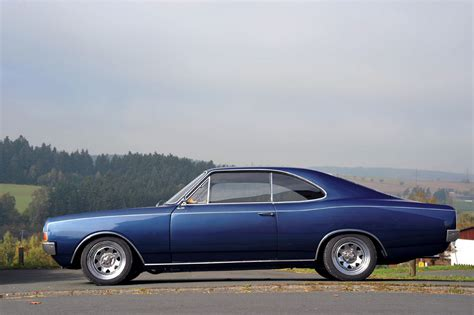 motorfacts de features opel olympia rekord c coup 233