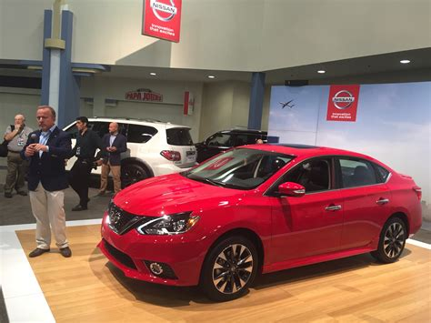 nissan sentra 2017 red 2017 nissan sentra sr turbo graces the miami auto show