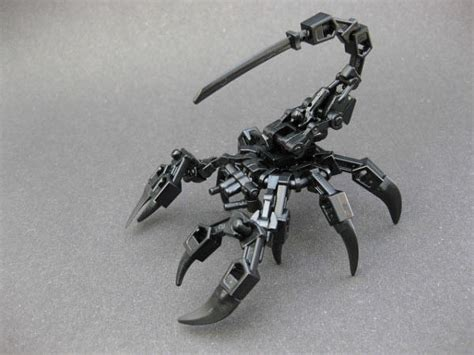 40 impressive robots built with lego bricks hongkiat