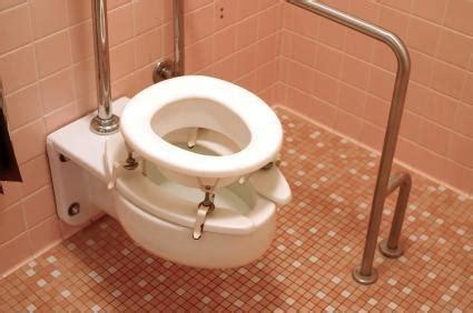 bathroom accessories for senior citizens badezimmer entw 252 rfe f 252 r senioren und behinderte qrealm com