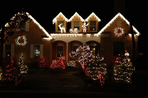 charlotte real estate agent huntersville nc tree light