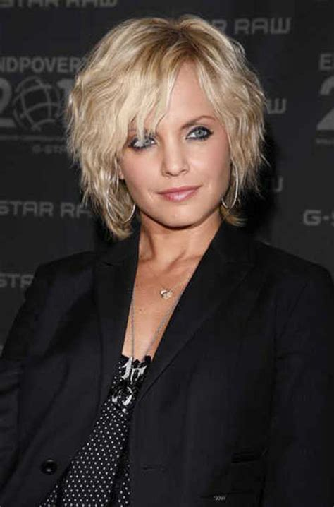 pics of shaggy bobs for curly hair best short haircut for wavy hair short wavy hairstyles