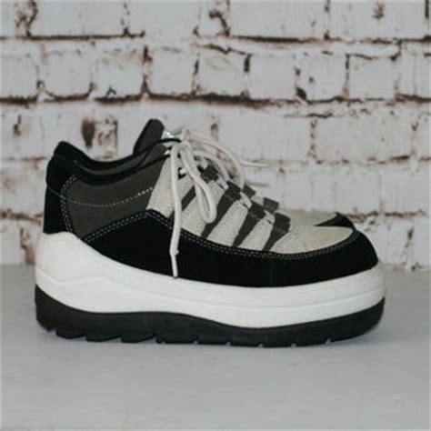basketball platform shoes shop 90s platform sneakers on wanelo