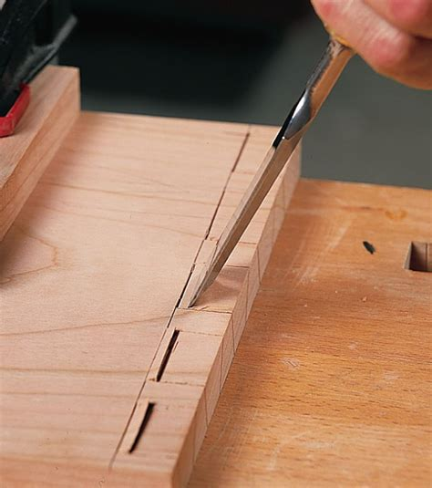 tips  dovetailing  hand woodworking techniques