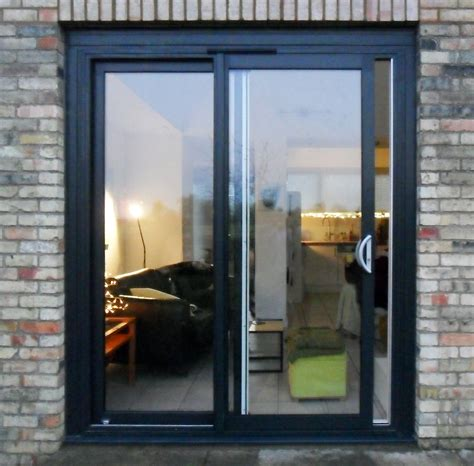 sliding patio door spacefold 187 smarts aluminium sliding patio doors gallery