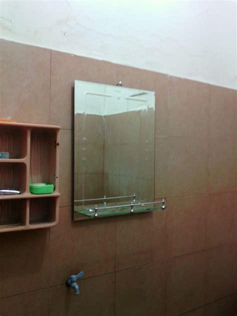 Jual Kaca Cermin Kamar Mandi jual kaca cermin rak sabun di atas wastafel kamar mandi yonik