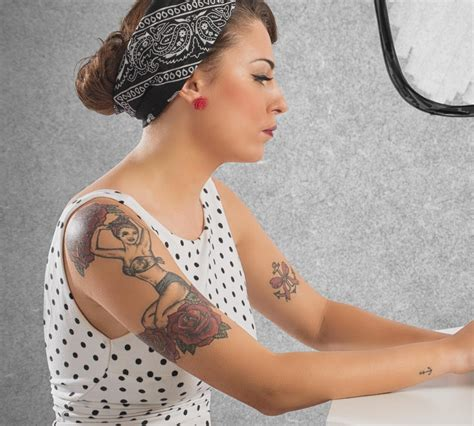 tattoos women exquisite armband tattoos for that are totally gorgeous