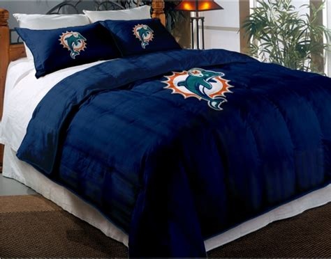 Miami Dolphins Bed Set Miami Dolphins Nfl Chenille Embroidered Comforter Set With 2 Shams 64 Quot X 86 Quot