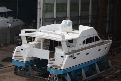 used catamaran boat show catamaran boat plans roberts cat 39 lanchas