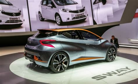does renault own nissan the new nissan leaf upgraded range and autonomy