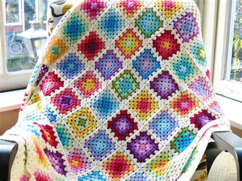 Rainbow Stripe Rug Free Crochet Pattern Colourful Rainbow Granny Square