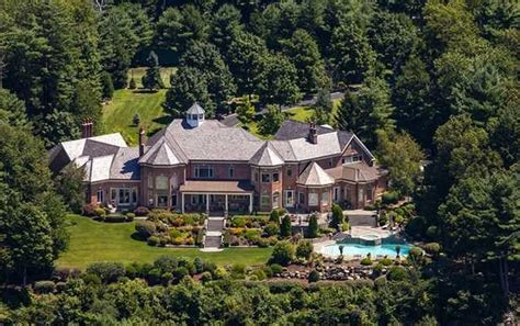 4 2 million 10 000 square foot mansion in avon ct homes of the rich