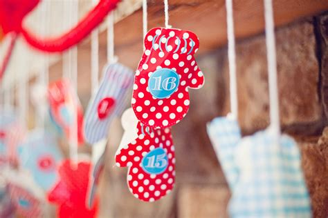 make your own felt advent calendar 12 diy advent calendars you can make to countdown to