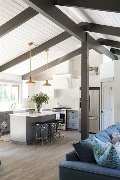 Decke Holzbalken by 25 Best Ideas About Painted Wood Ceiling On