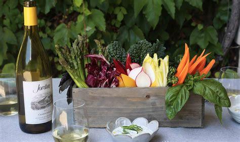 edible centerpiece dinner appetizer idea vegetable crudite edible