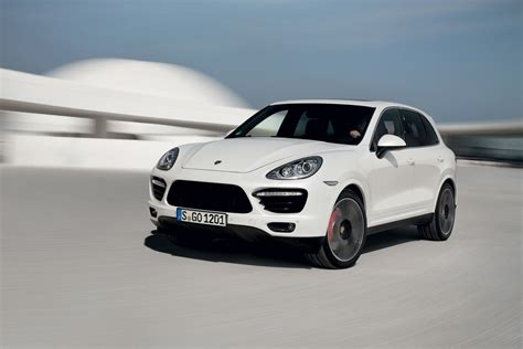 porsche cayenne 2014 new porsche cayenne turbo s 2014 the simply luxurious