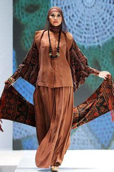 Ida Royani 1000 images about styles on islamic fashion henna and tunics