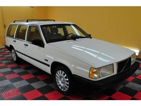 volvo  wagon data info  specs gtcarlotcom