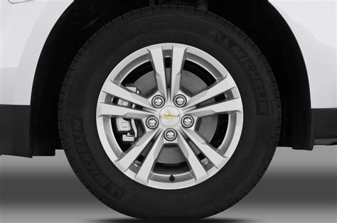 equinox tires 2018 chevrolet equinox tire size upcomingcarshq