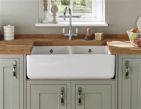 howdens kitchen sinks lamona ceramic double belfast sink ceramic kitchen sinks