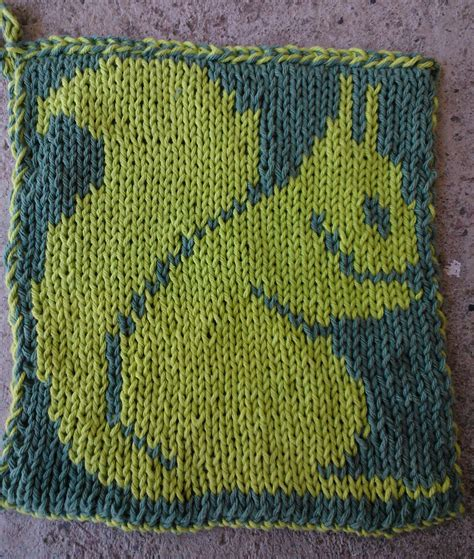 knit animal sweater pattern animal dish and wash cloth knitting patterns in the loop