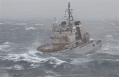 tow boat gif russia may gif find share on giphy