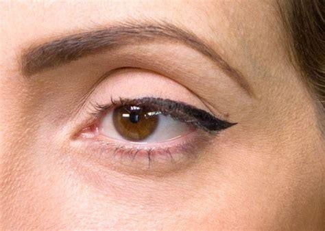 tutorial eyeliner mata kucing dengan modal garpu isolasi dan sendok kamu bisa bikin