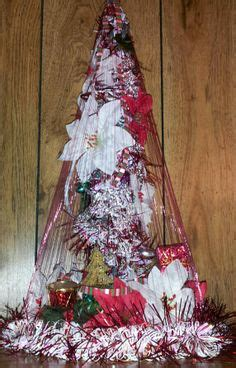 fishing line christmas tree pin by jeanette thompson on
