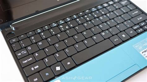 Keyboard Acer D255 acer aspire one d255 review slashgear