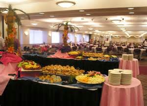 Setting Up A Buffet Table For A How To Set The Wedding Buffet Weddingelation