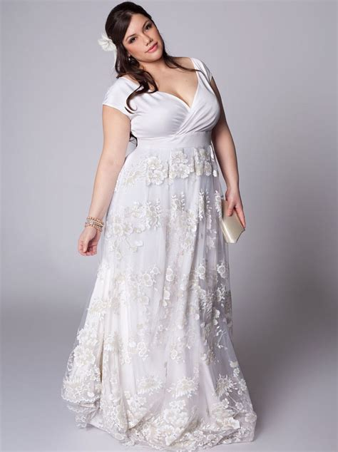 casual  size beach wedding dresses  year vow