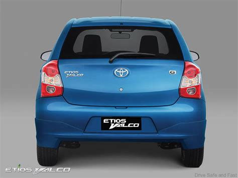 Grille Depan Chrome Toyota Etios Valco toyota s compact etios valco gets revised drive safe and fast