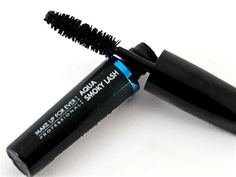 Maskara Aqua Lash Wardah make up for aqua smoky lash mascara black waterproof kinda expensive though