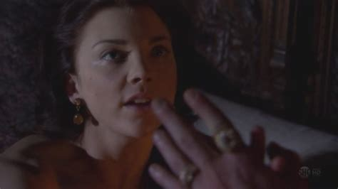 natalie dormer in the tudors the tudors 2x02 natalie dormer image 29765463 fanpop