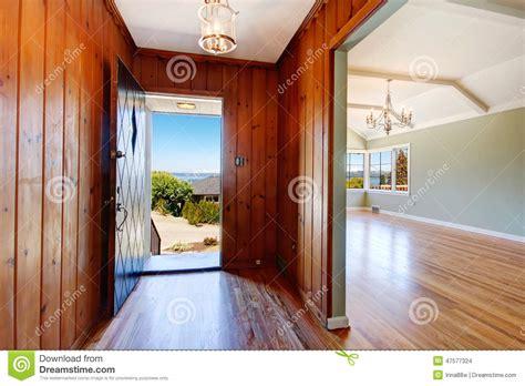 Bedroom Door Opens Into Hallway Entry Hallway With Open Door Stock Photo Image 47577324