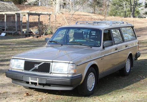 reserve  volvo  wagon  speed  sale  bat auctions sold    april