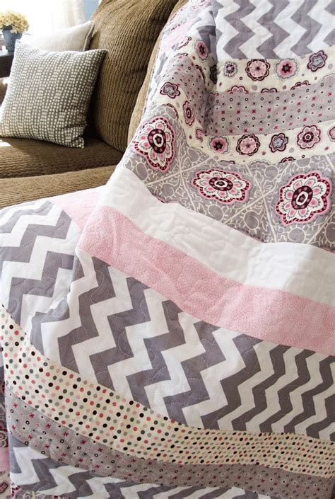 Easy To Make Quilts by 1000 Images About Simple Quilts On