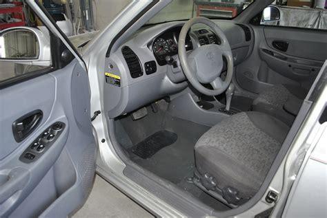 Hyundai Accent 2000 Interior by 2005 Hyundai Accent Pictures Cargurus
