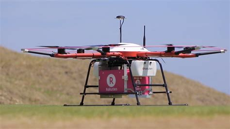 Drone Vidio drone deliveries are arriving at a golf course in japan