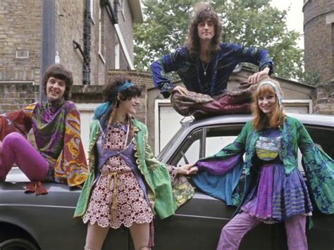 hippies 1960s on pinterest hippie style bohemian clothing and music hippie chic museum of fine arts boston http www mfa